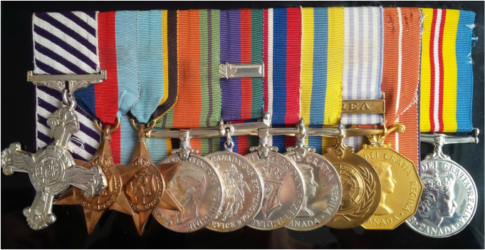 WW2 Medals representing 2 tours of ops (60 flight missions)